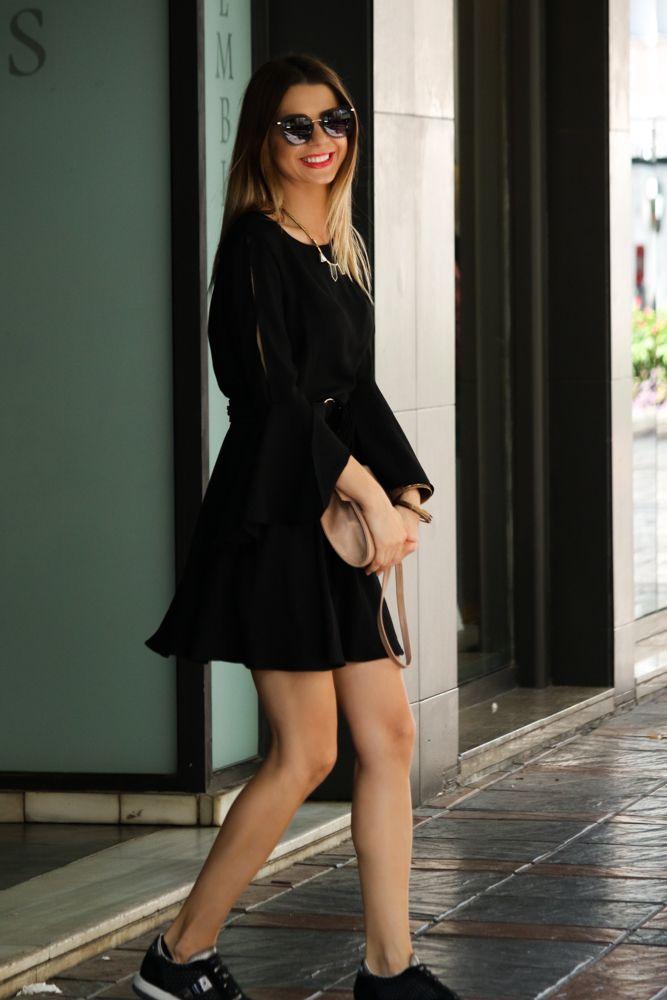 black dress mbcos fashion blogger spain