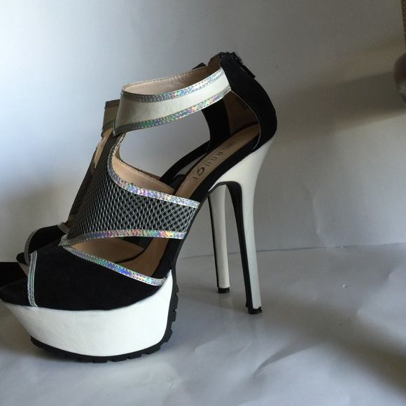 a98f99d10c1 Rouge high heels size 10 black   white  silver Nice high heels shoe size  10m