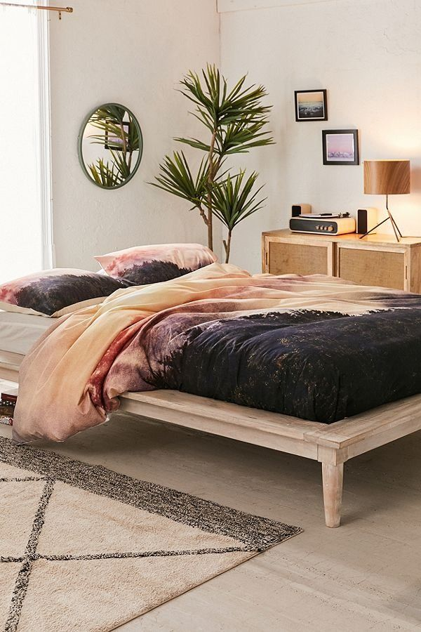 World Bedroom Furniture: Heavyweight Down Alternative Duvet Insert