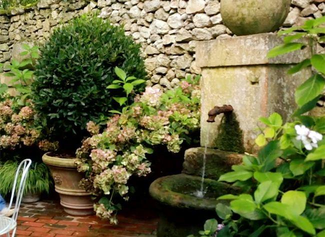 Conseils Pour L Amenagement D Une Cour Deco Jardin Jardins Et