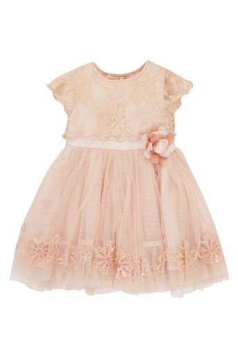 Wedding Magazine - Darling buds: style ideas for your flowergirls
