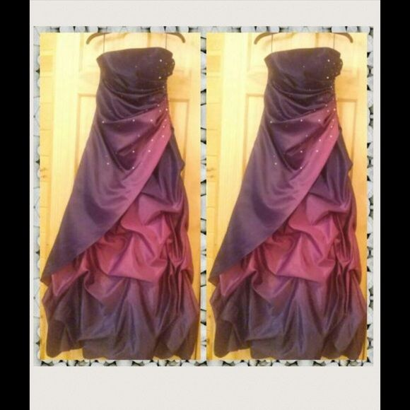 """Sale! Homecoming prom Purple dress. Price w/o sale: $180. Got a size 9 but got it altered bigger to the rough measurements of ?? BUST: 37.5 .. WAIST: 30.5 .. HIP: 40.5 ?? I'm 5'1"""" with heels that are about 3 inches on in the pics. In the back I had a seamstress add a three strap non removable design, making this dress unique. It's has been shortened from its original length. TRUE color in modeled pictures. Dresses"""