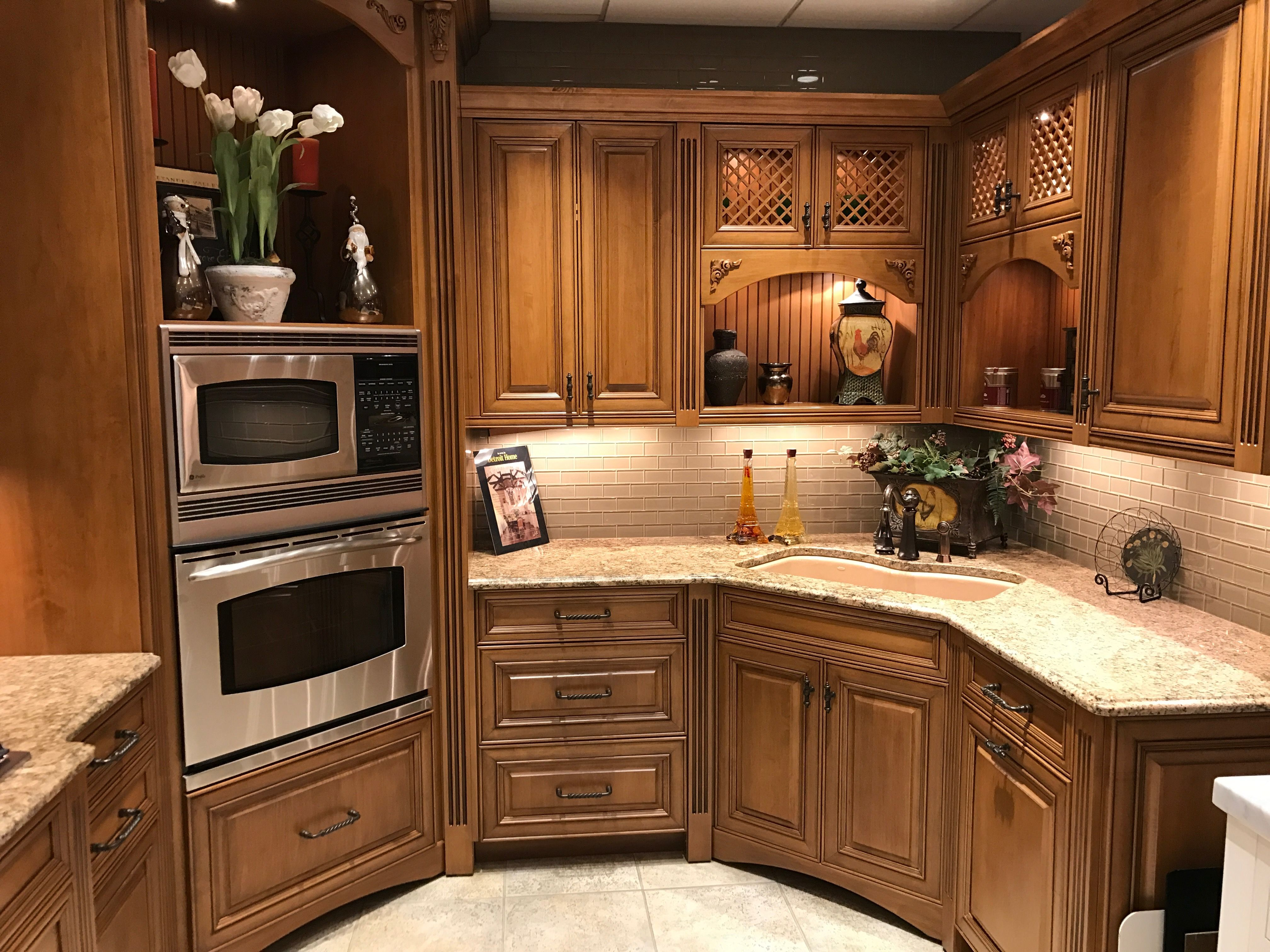 One Of Our Many Kitchens On Display At Lafata Cabinets The Cabinets Are Windham In Maple With A Warm Hazelnut Finish Check Out Kitchen Interior Kitchen Kitchen Remodel