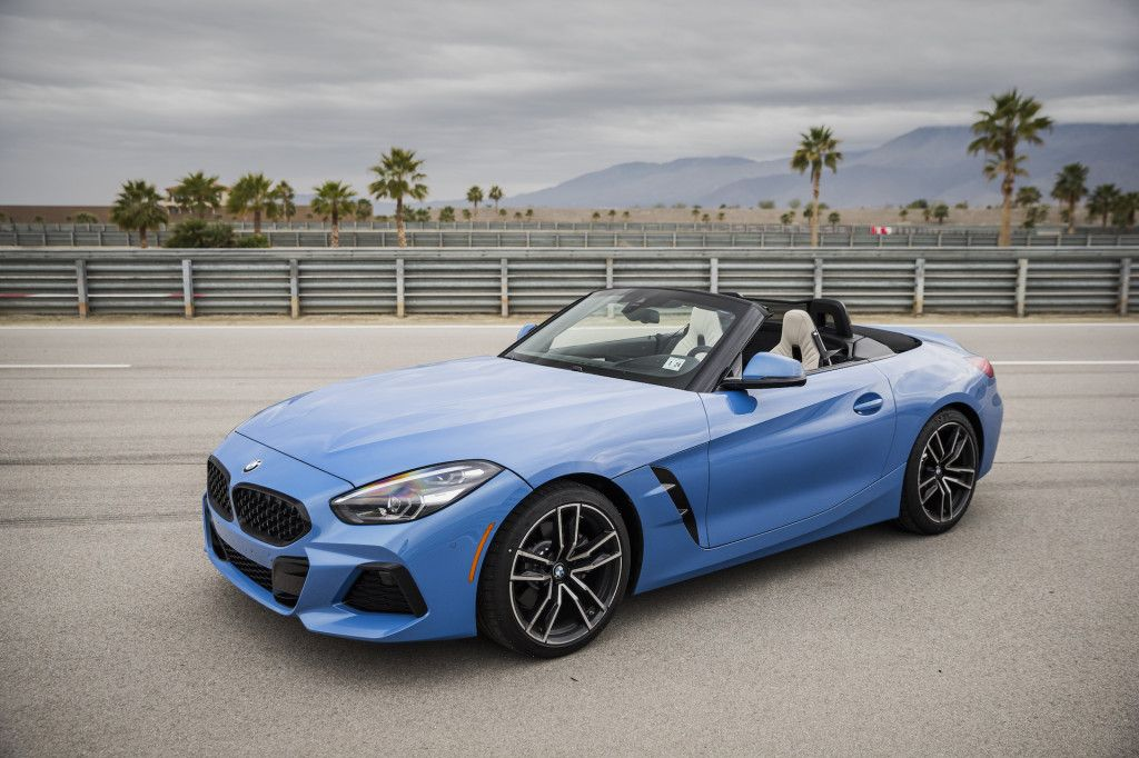 First Drive Review The 2019 Bmw Z4 Sdrive30i Revives The Roadster Carros Auto Afonso