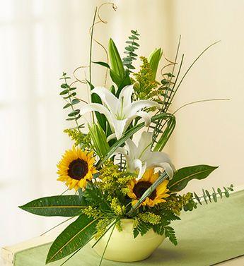Happy Day Bouquet 1 800 Flowers Tampa In Clearwater Fl Flower Arrangements 800 Flowers Floral Arrangements