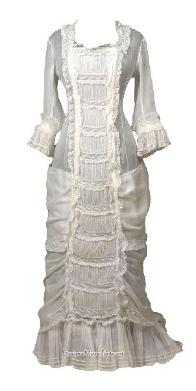 Summer dress, 1879. White muslin, princess-cut, with machine Valenciennes lace. Gemeentemuseum den Haag via ModeMuze
