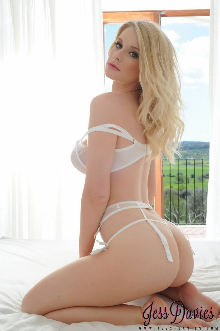 Pics Elle Georgia naked (83 foto and video), Sexy, Leaked, Feet, butt 2019