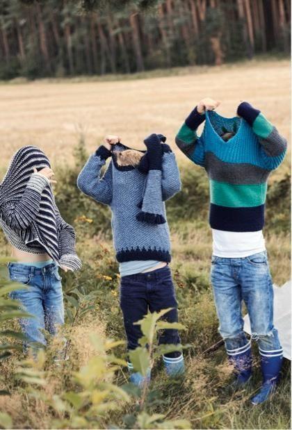 Photo of Drei wunderschöne Pullover für Kinder zum Stricken. In verschiedenen Größen …