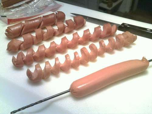 Spiral Hotdogs... These look sooo cute