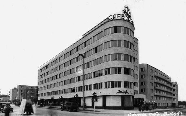 Dieselpunk: ZUS building. Gdynia, Poland Arch. Roman Piotrowski, 1936