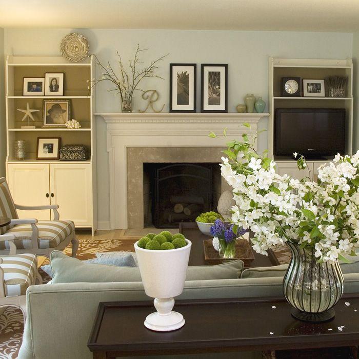 Living Room Arrangements Love Flowers