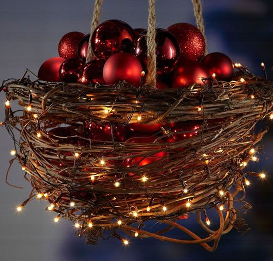 20 DIY Christmas Outdoor Decorations For The Festive Season