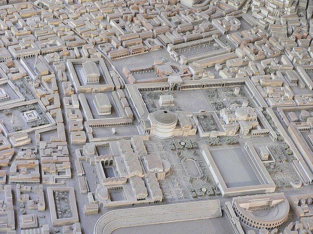Plaster model of the Pantheon and its surrounds at the height of ancient Rome