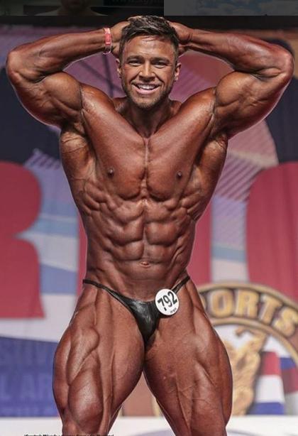 2016 Regan Grimes Canada 26 June 1993 Height 5 Foot 11 182 Cm Gym Guys Swole Bodybuilding