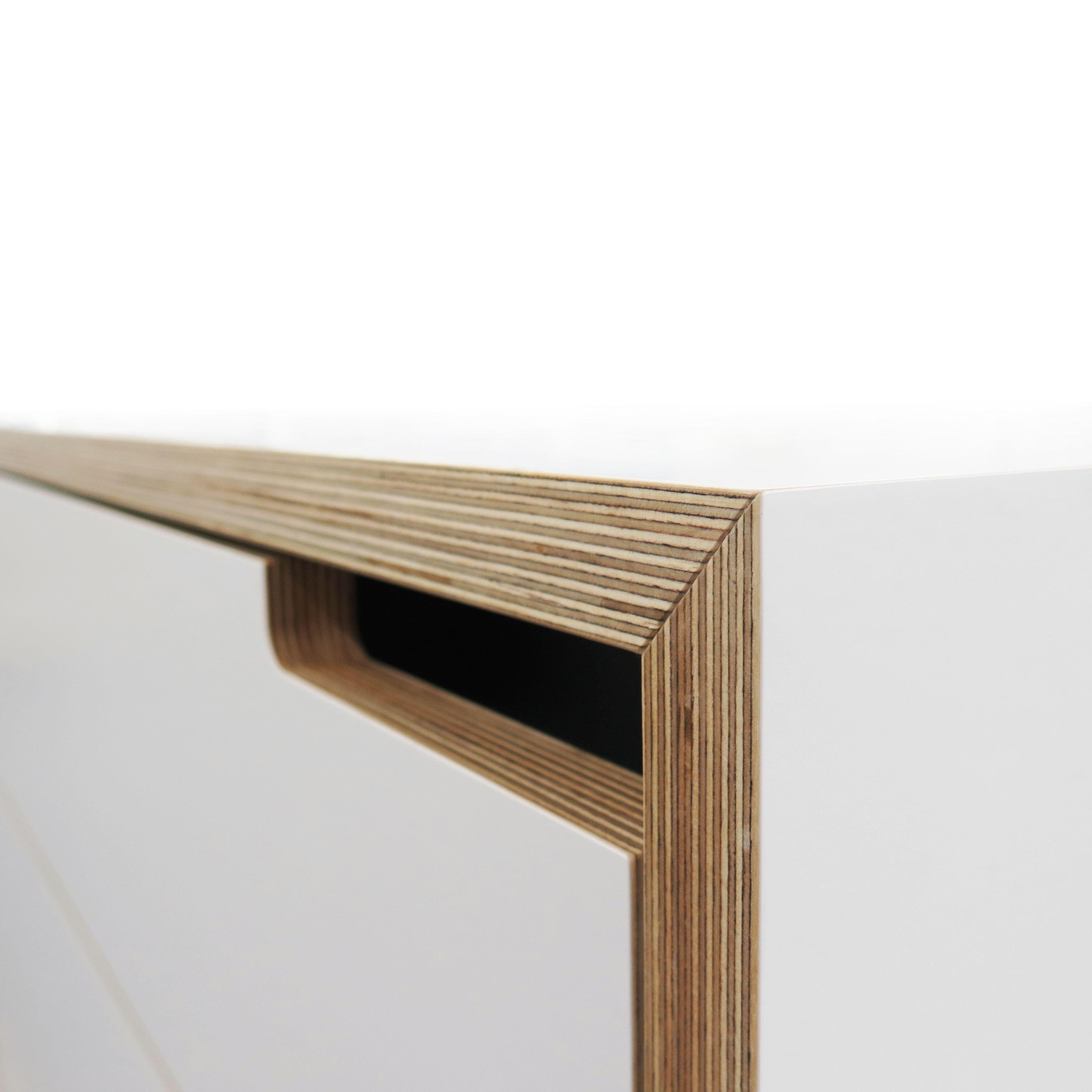 Sideboard In Farbigem Sperrholz Mobeldesign Design Sperrholz