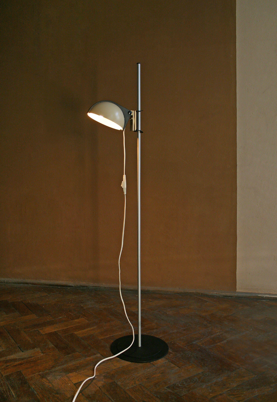Vintage Pileprodukter Landskrona Sweden Postmodern Floor Lamp Pomo Black Beige Shell Functional Adjustable Tall Minimalist Re Retro Floor Lamps Lamp Floor Lamp