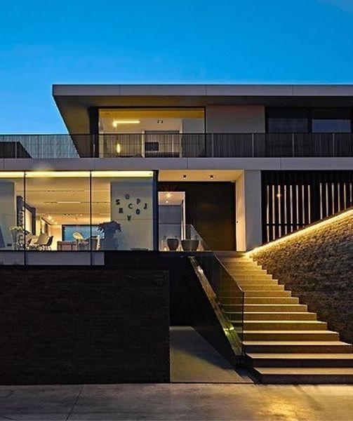 Deze Bungalow Uit De Jaren '60 Is Nu Een Moderne Villa Met Alles