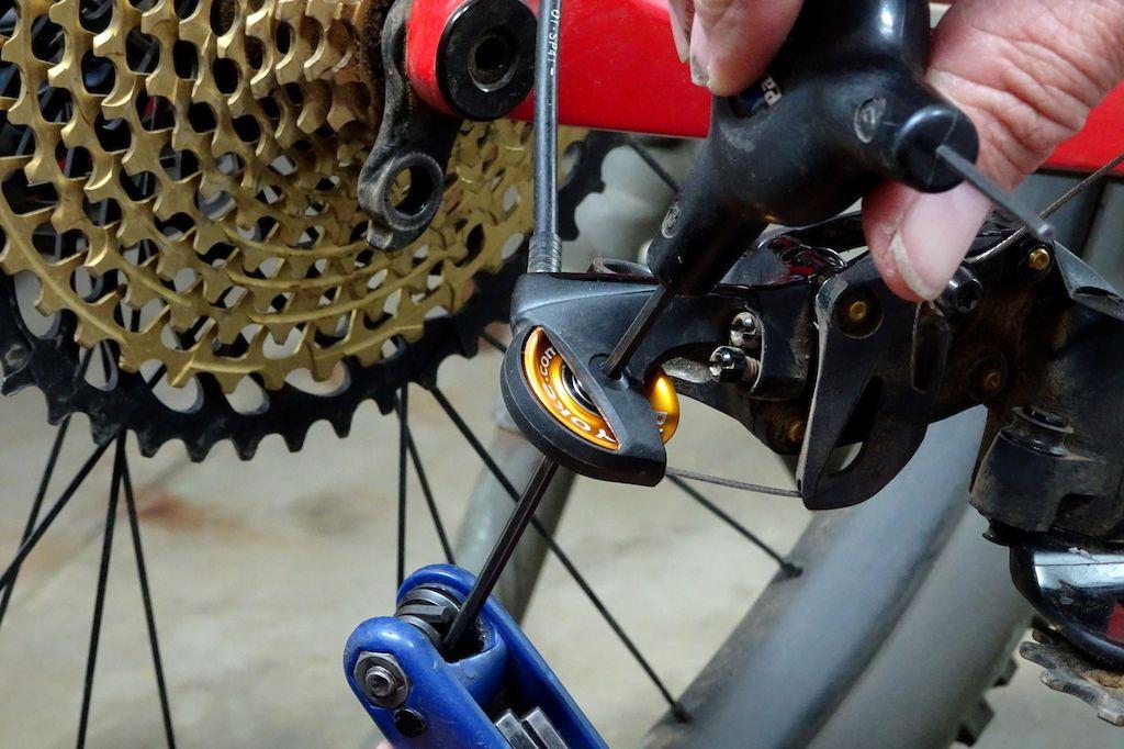 Bike Yoke Shifty Sram Derailleur Upgrade Review Bike Bicycle