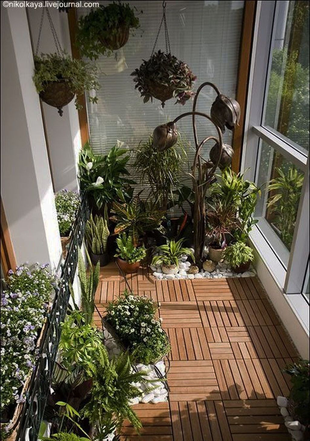 Outstanding Balcony Garden Ideas (With images) | Small ...