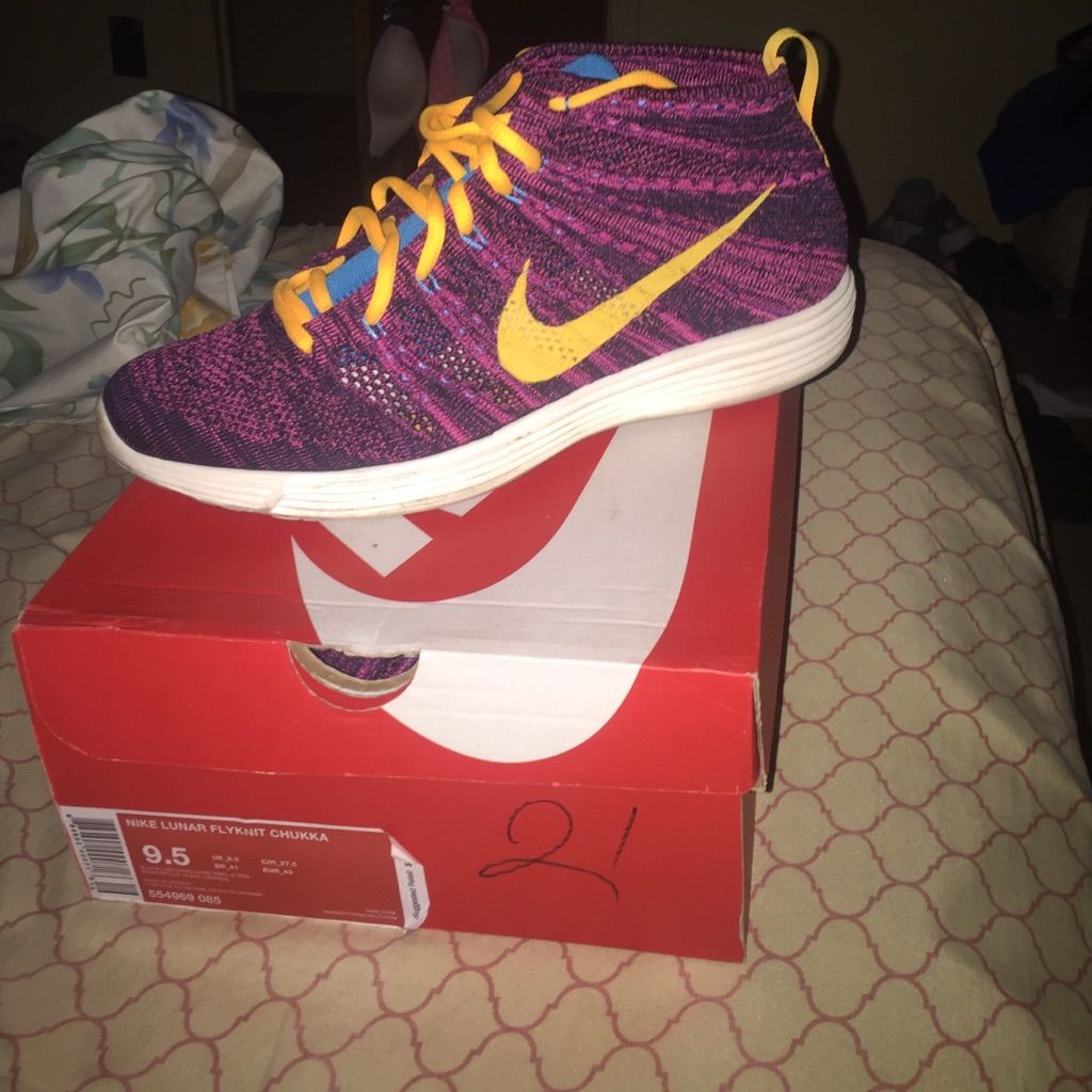 Nike Shoes Nike Lunar Flyknit Chukka Color Gold Purple Size