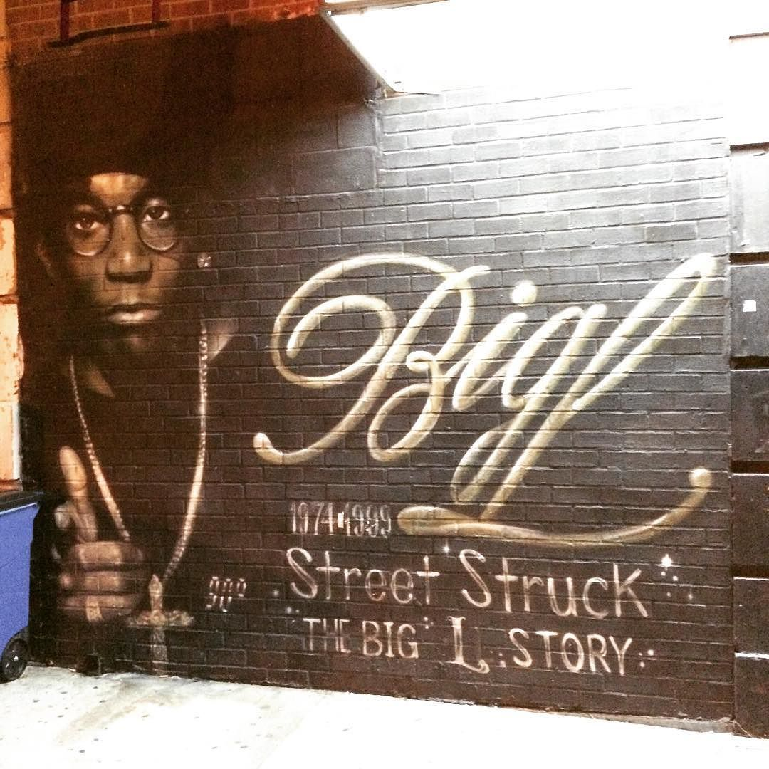 #streetart in #Harlem. That's one thing I love about #NewYork: you never what's around the corner. You always see new things; diversity art people life ... #nyc #Harlemlove #Harlemnights #StreetsOfNYC #StreetsOfNewYork #BigL by annawilma
