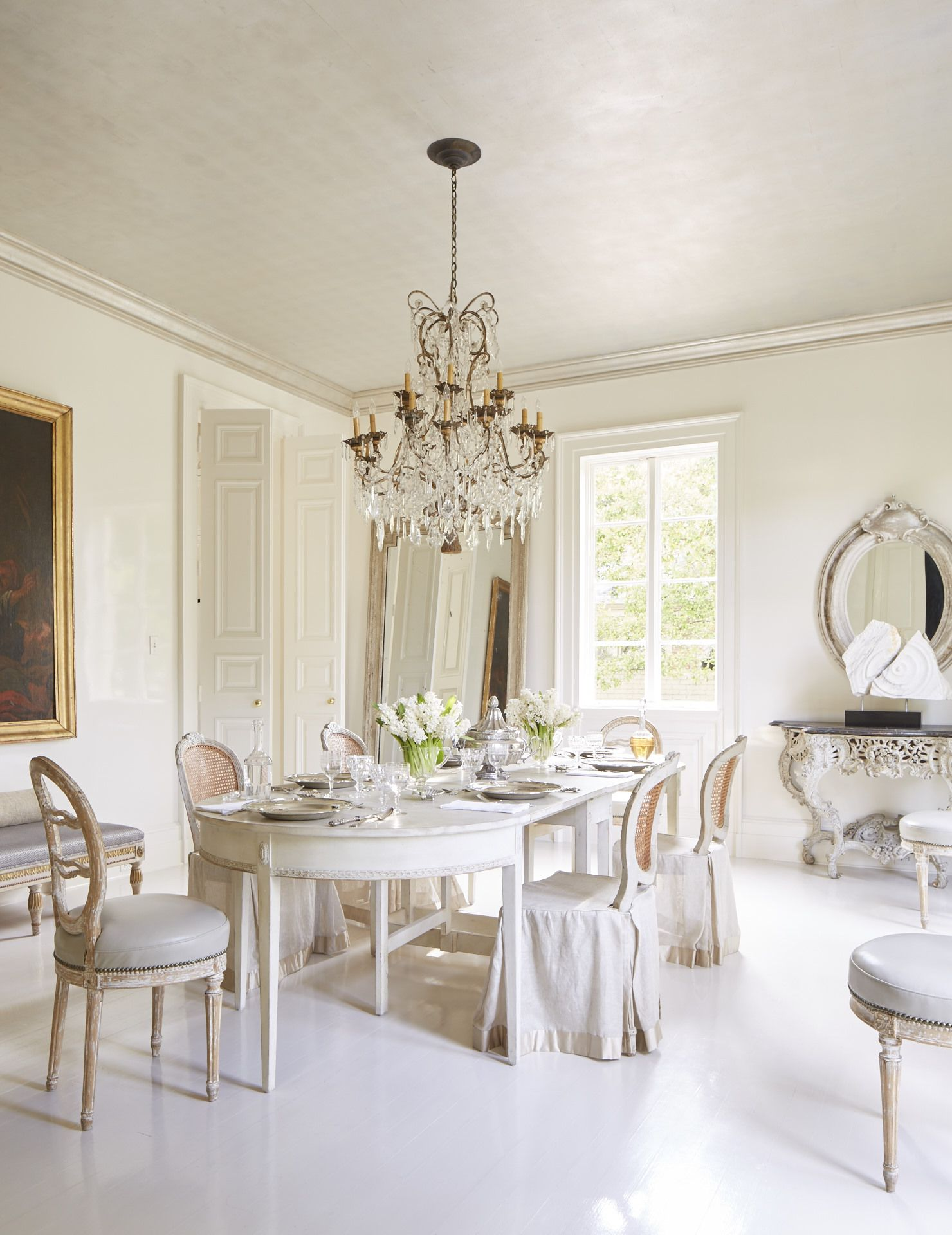 Kitchen Dining Interior Design: Neoclassical Dining
