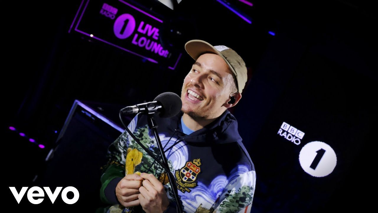 Dermot Kennedy Outnumbered In The Live Lounge Youtube Bbc Radio Kennedy Bbc Radio 1