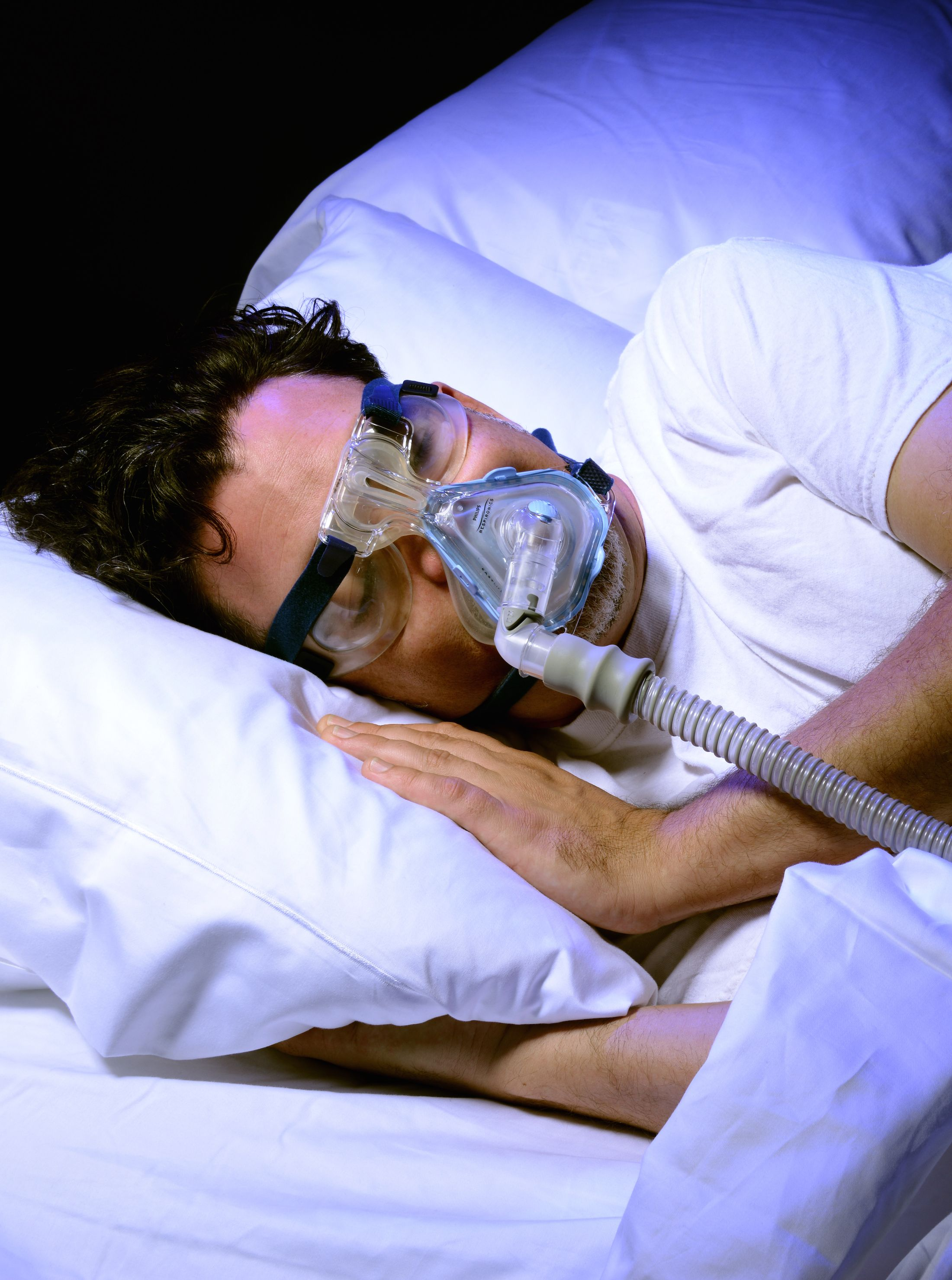 Dry Eye Relief For Cpap Users Use Of A Cpap Machine Is Often A Recipe For Dry Eyes Mask Edge Air Leaks Can Lead To Consta Dry Eyes Relief Dry Eyes