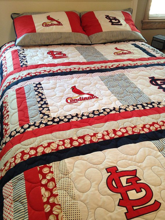 St Louis Cardinals Full Size Quilt With Matching Pillow Shams