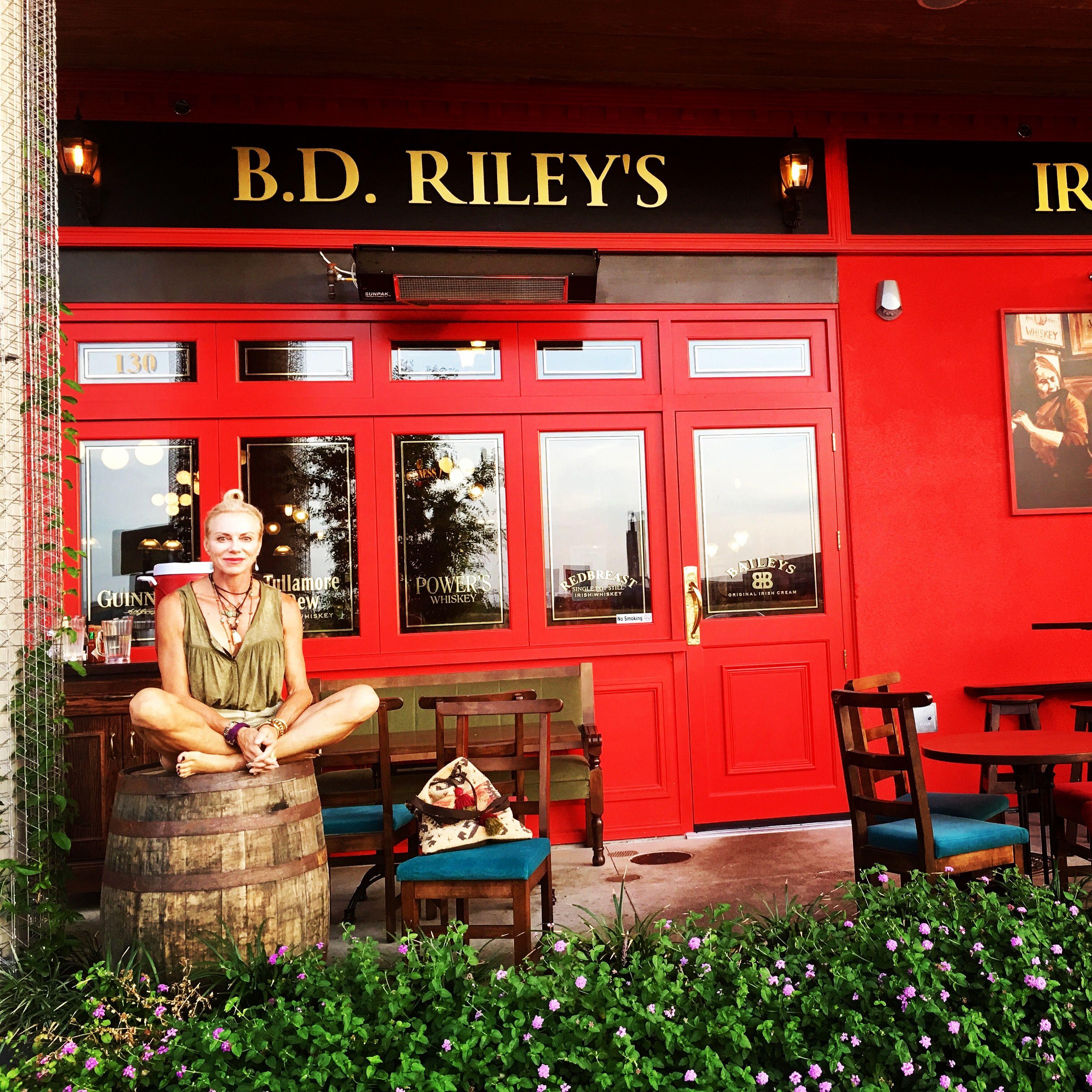 Dinner At Riley S Pub With Casey Austin Tx Road Trip Riley Trip