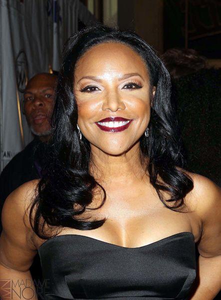 60歳以上の美しい黒人女性