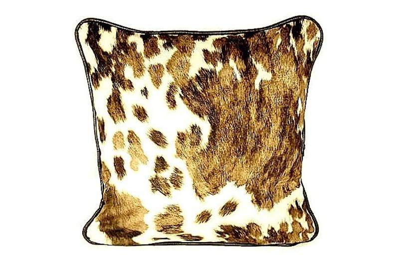 What Kind Of Couch Pillows For Brown Couch