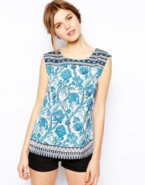 decb620bfa94f scarf print top. sewing inspiration.