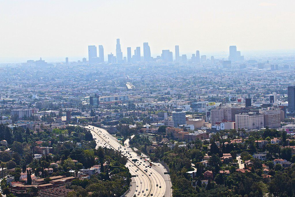 Downtown La With Smog Los Angeles Ca Kw By Www Traveljunction Com California Los Angeles Clean Air