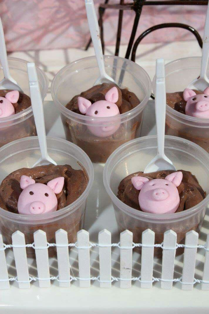 Piggys in chocolate mouse