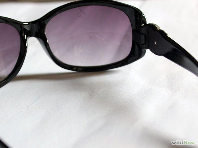 Spot Fake Gucci Sunglasses Step 2.jpg