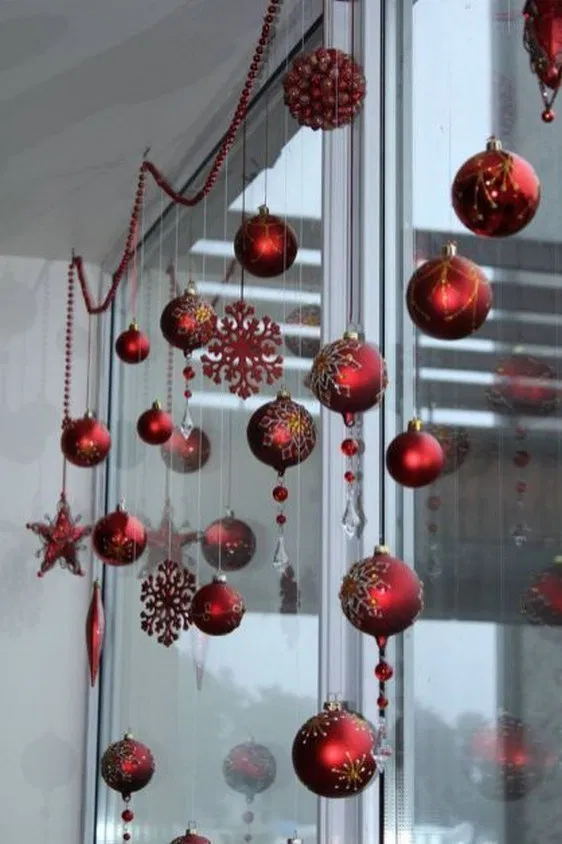 80 Beautiful Christmas Decorating Ideas On A Budget Irma Christmas Office Christmas Decorations Christmas Window Decorations Outdoor Christmas Decorations