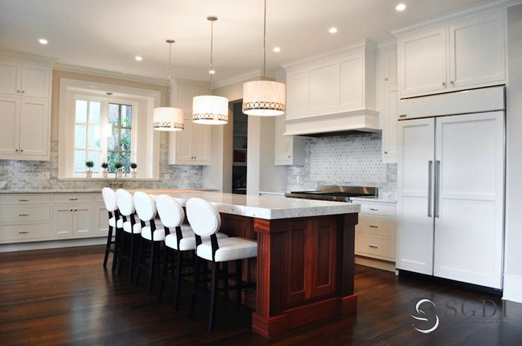 Sarah Gallop Design Gorgeous L Shaped Kitchen With Large