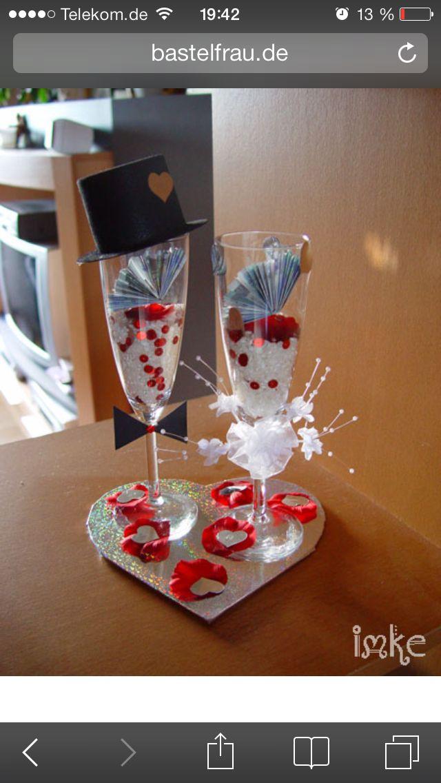 Geldgeschenk im sektglas zur hochzeit bastelideen for Geldgeschenk hochzeit pinterest