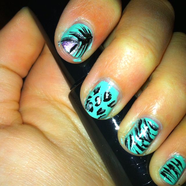 Turquoise Based Detailed Nail Designs Looks Super Hard 3 Nail