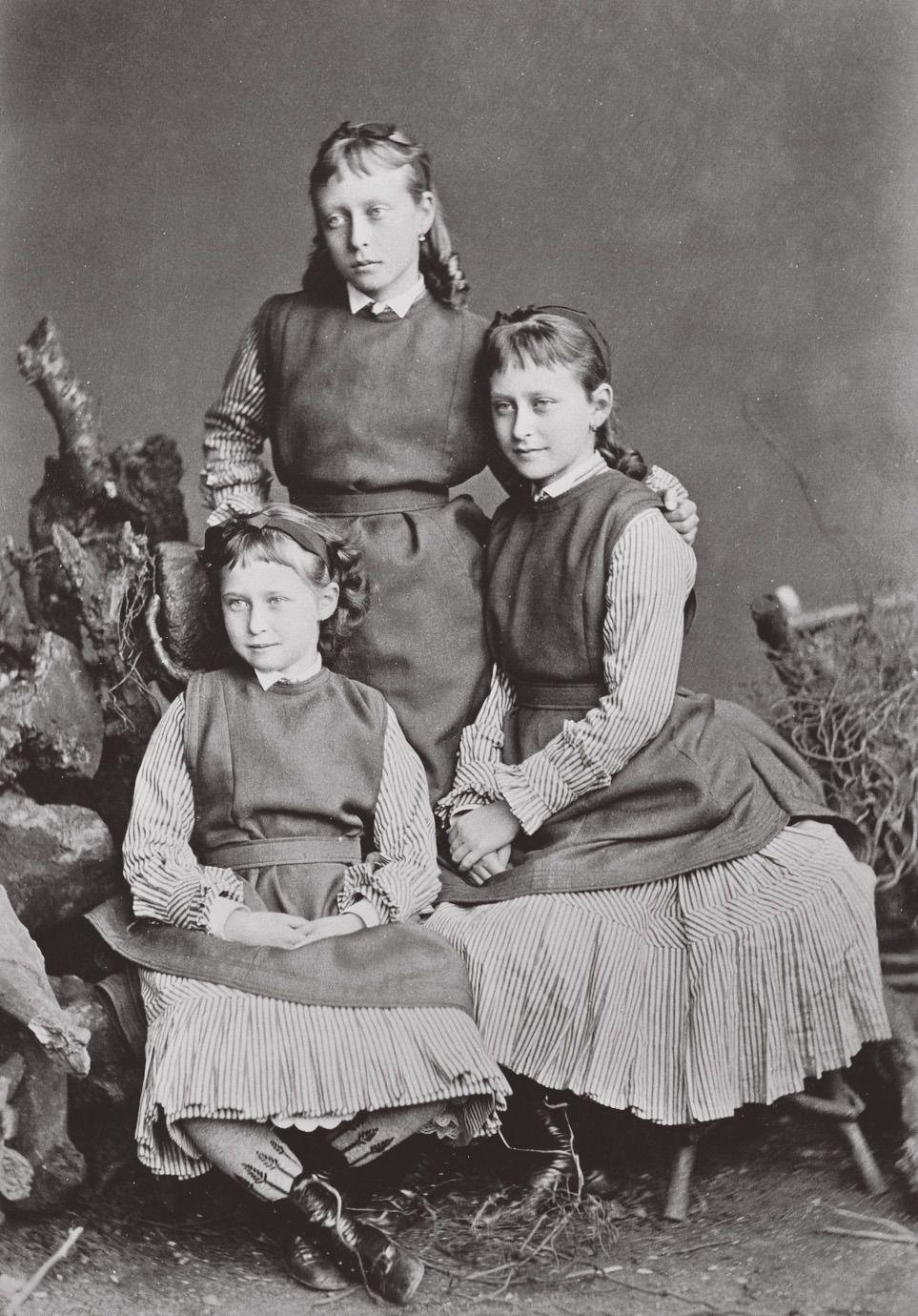 """""""Princesses Victoria, Elisabeth and Iréne of Hesse"""