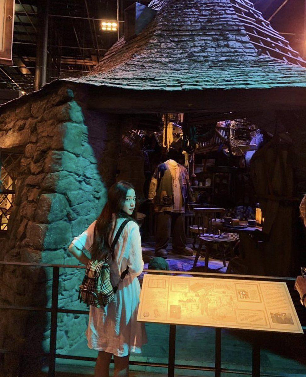 Global Blackpink Theshow On Twitter Blackpink Blackpink Jisoo Harry Potter Studio Tour