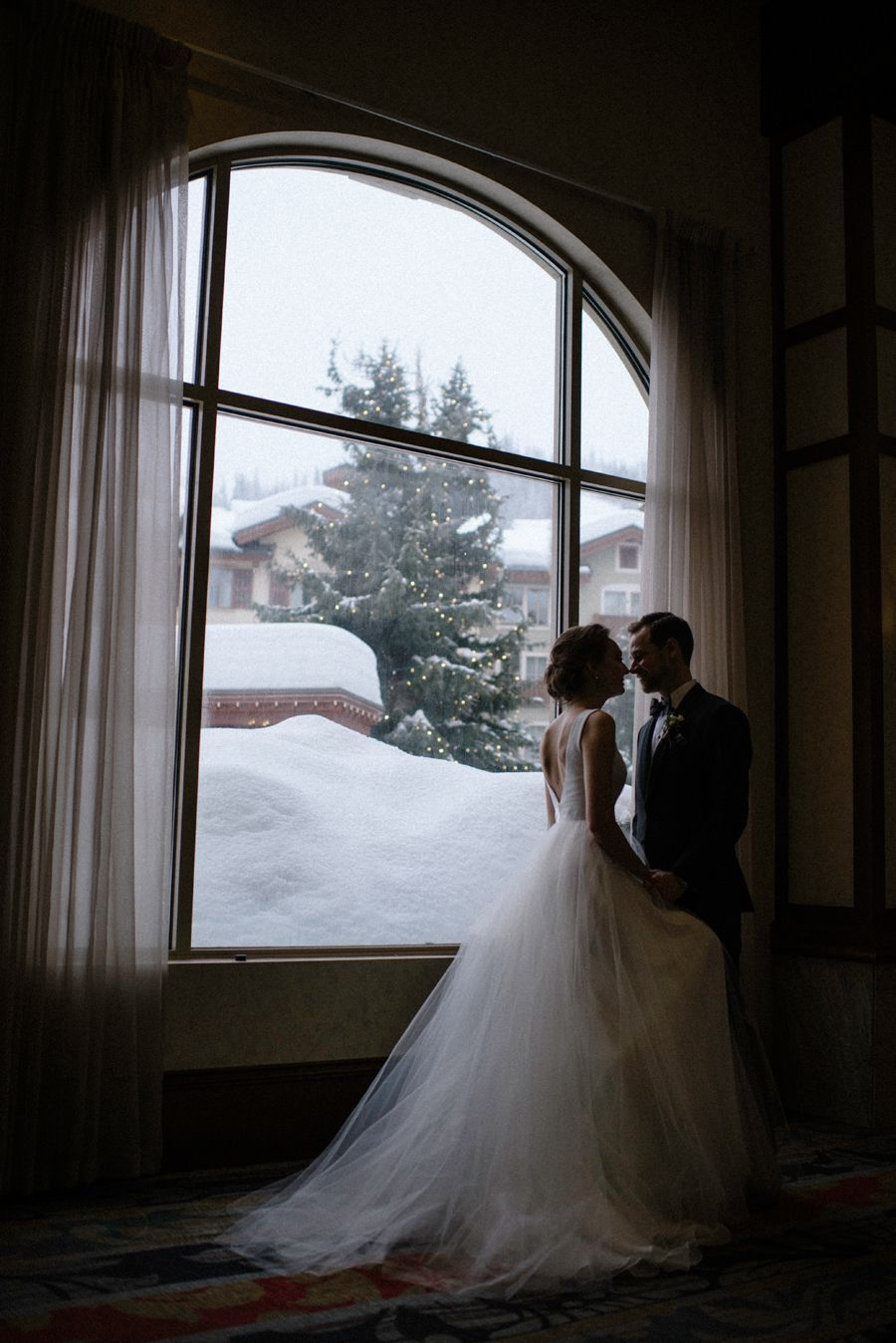 Sun peaks grand winter wedding snowy portraits snow photos wedding