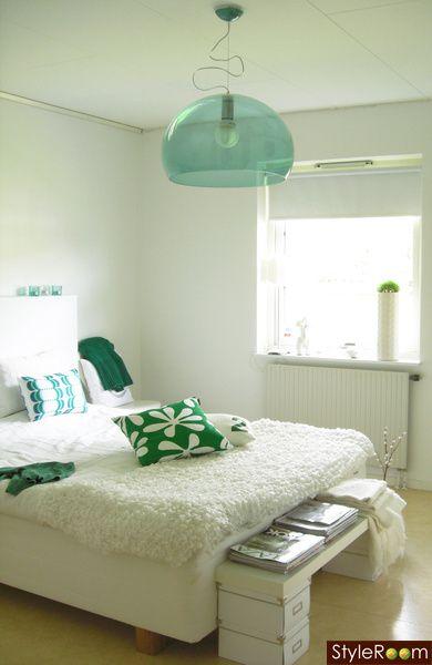 Fly emerald green   Inspiration   Pinterest   Lights, Living room ...