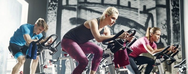 The bike sitting in the corner of the gym can help you lose fat, and it's a weight-loss workout that offers benefits over jogging the weight off. The biggest advantage is that it's a lower-impact workout that doesn't put as much stress on your joints compared to jogging, so cycling is an ideal choice for nearly everyone. #gym #cycling #bike #bicycle #fitness #exercise #workout #biking #loseweight #overweight #weightloss #bodybuilding #obesity #health #jogging #bicycling #