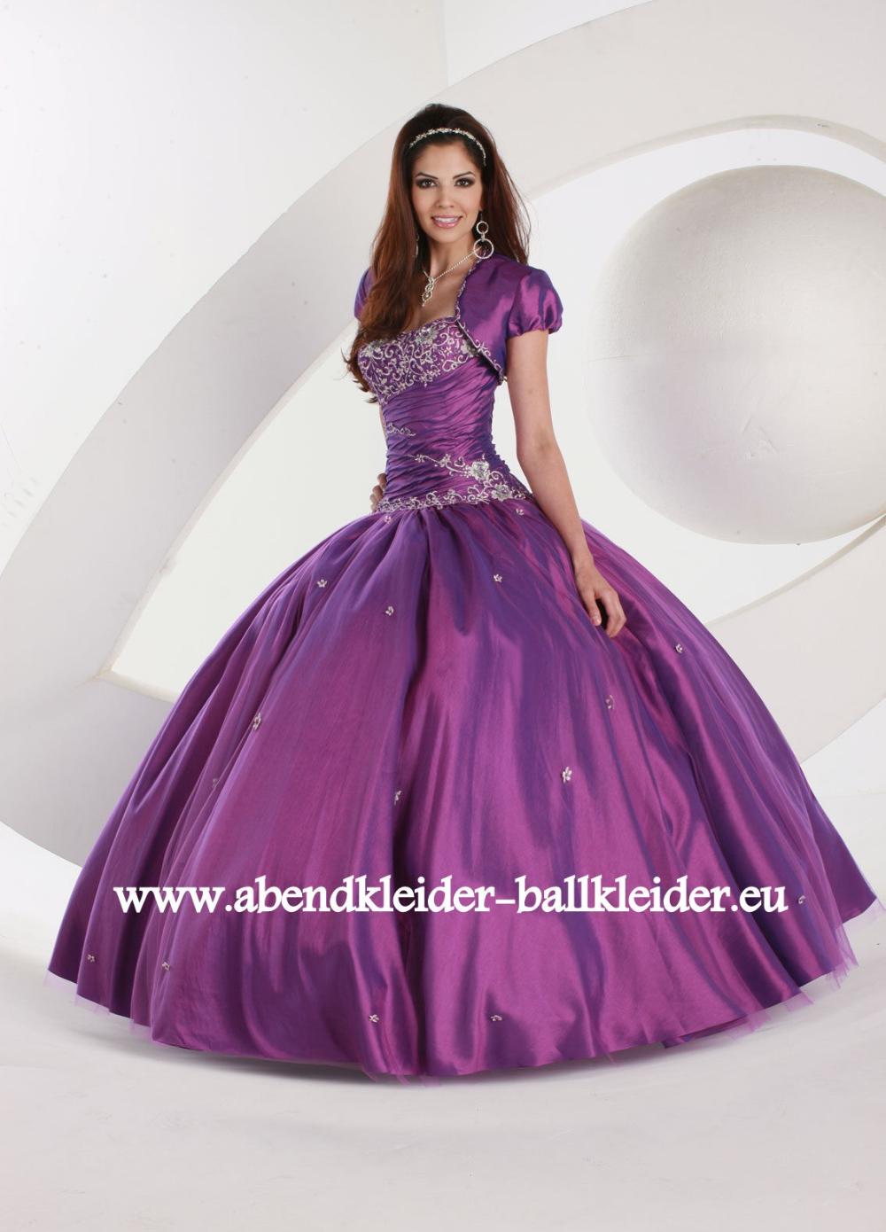 Klassisches Abendkleid Ballkleid Online in Lila #abendkleid