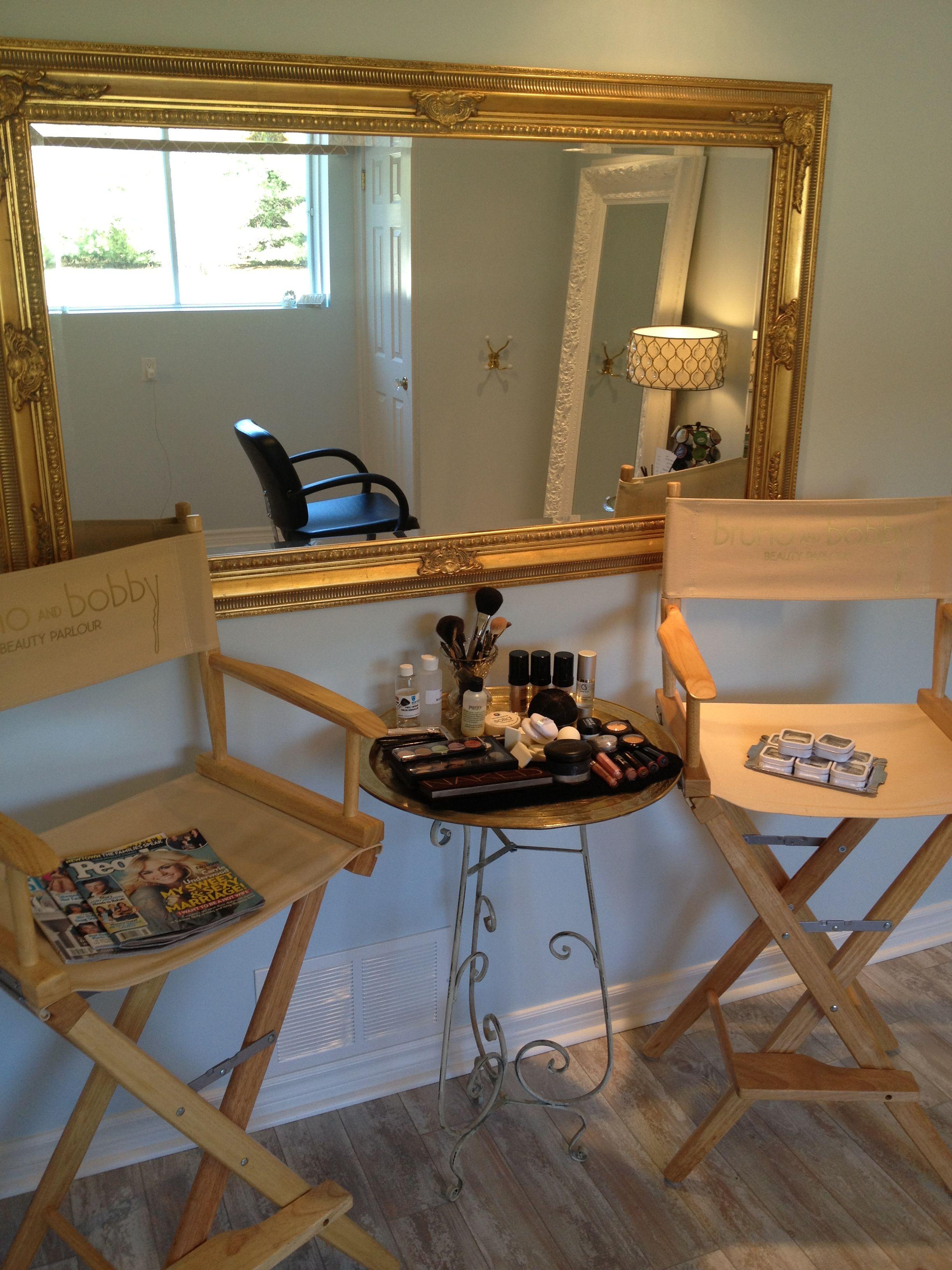 makeup station Makeup station, Makeup room, Makeup studio