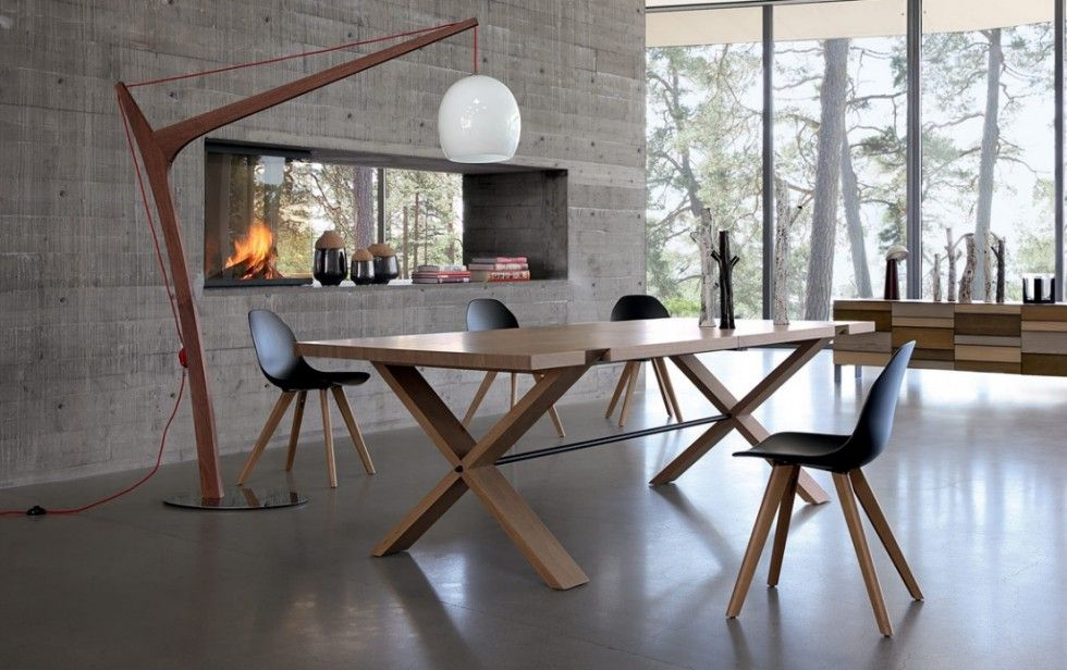 Table de repas Oxymore Roche Bobois - Une grande table en bois