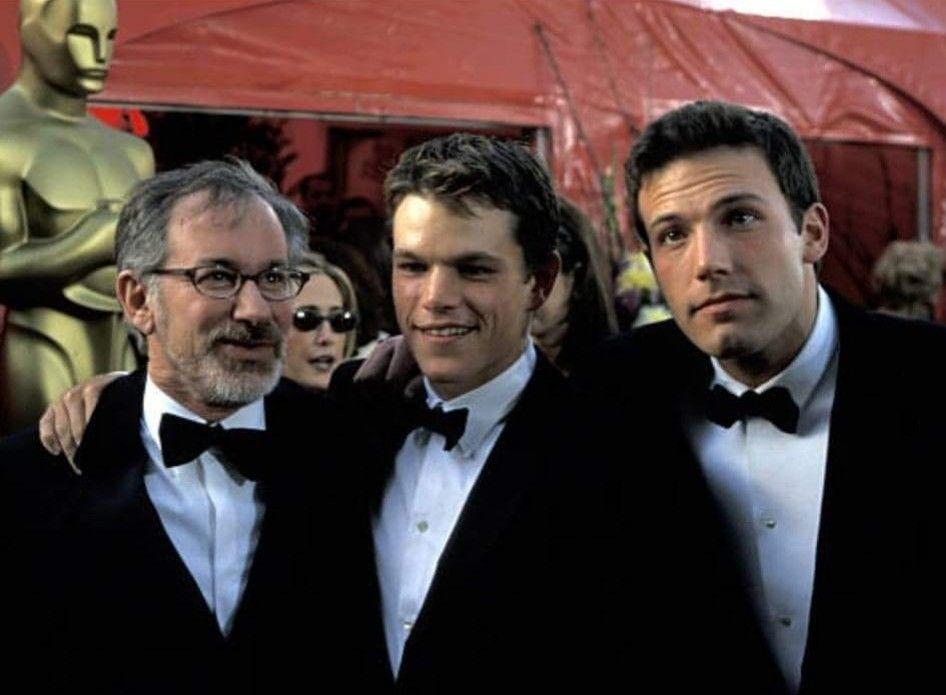 Pin By Brianna Gordon On Ben Affleck Love Matt Damon Damon Hollywood