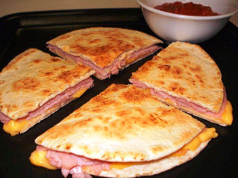 Ricas y rapidaz sincronizadas con salsa macha
